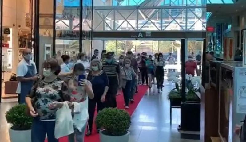 93% dos varejistas em shoppings registraram queda maior de 50% no faturamento