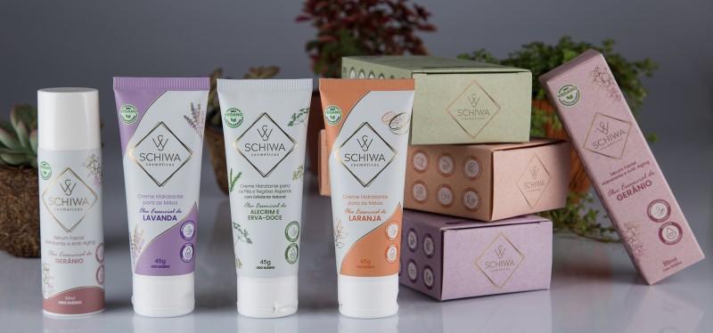 A SchiWa Cosméticos possui em sua essência o propósito de inovar e fornecer cosméticos de alta performance e eficácia comprovada