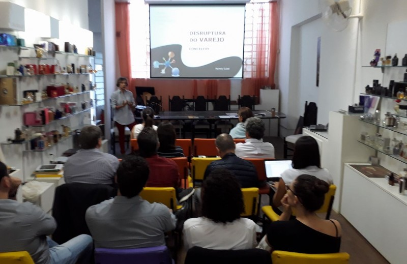 Cusman Inteligência realiza Workshop Cross Channel Experience