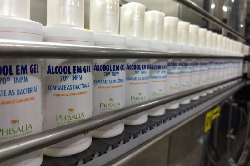 Phisalia faz doação de produtos de higiene e álcool gel